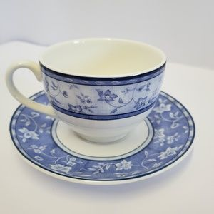 Grafton living Tea cup and saucer Blue white
